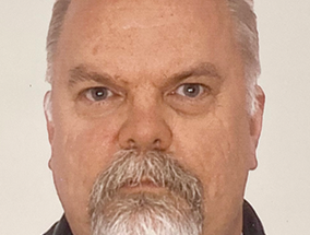 Lokken back for another crack at  town council